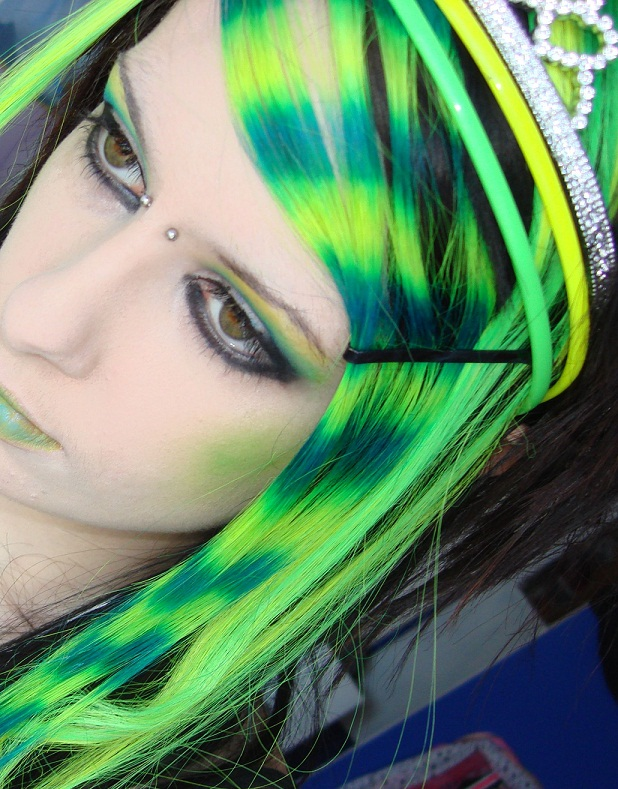 Buy Green and yellow hair picture trends