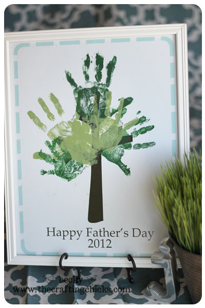 Hand print tree image courtesy of The CraftyChicks.com.