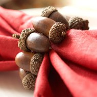 Although these Better House and Gardens acorn napkin rings were wired together, the same can be achieved with hot glue on a cardboard ring.