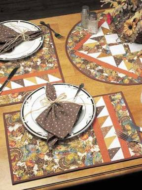 Coats and Clark offers a complete fall place setting pattern and tutorial at; http://www.free-quilting.com/detail.html?code=FQ00212&cat_id=437