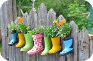 Out-grown boots can be used as a flower pot. Image courtesy of beautifulhomeandgardendiy.com