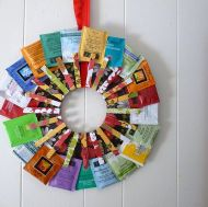 Give your tea-loving mom a wreath she'll use. Image/instructions: dollarstorecrafts.com